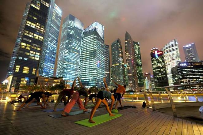spice yoga session at lower broadwalk of marina bay waterfront