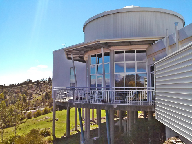 stromlo cafe and visitors centre, mount stromlo, southern cross stromlo cafe, canberra, ACT, cafes with views, breakfast, lunch, lonsdale street roasters coffee, southern cross club,