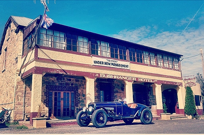 bushranger hotel, collector, NSW, historical pubs, NSW< ACT, day trips from Canberra,