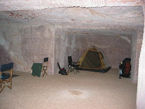 Coober Pedy, Riba's Underground Camping and Caravan Park, underground accommodation, hotels South Australia, outback luxury, opal mining, dugouts