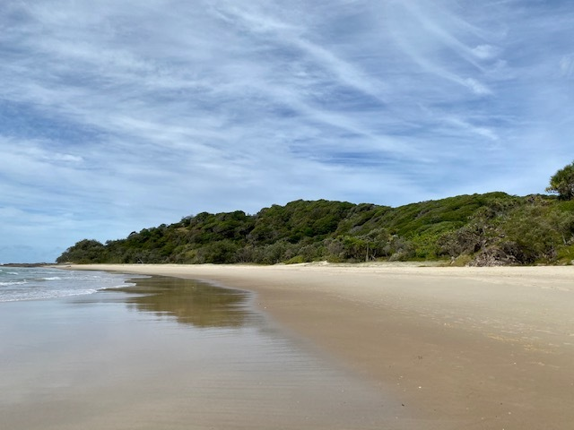 Deadman's Beach paradise on Minjerribah / North Stradbroke Island