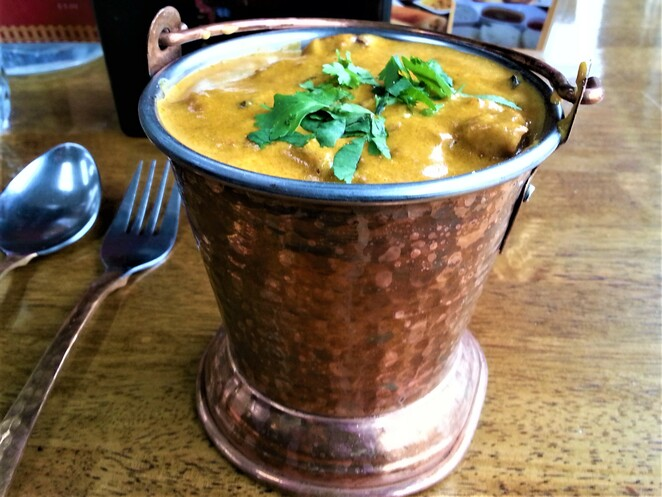 Indian chicken curry, spicy curry