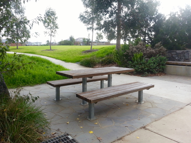 Percy Cherry Park, Curlewis, Bellarine, Clifton Springs, picnic table,