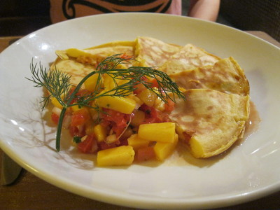 Salmon Quesadillas, Bug & Bee Cafe, Silom, Bangkok, breakfast