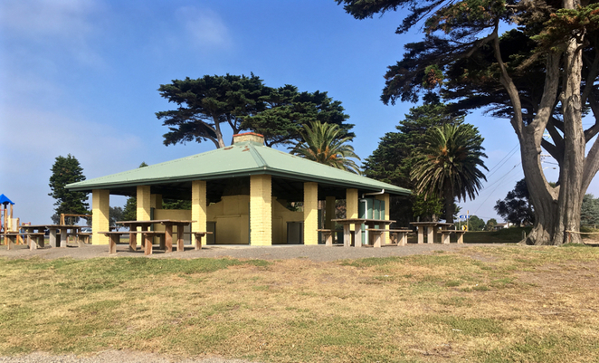 Wrathall Reserve, Indented Head, Bellarine, Geelong, Picnic Spot, BBQ, BBQ Shelter, barbecue, playground, reserve, jetty, fishing, undercover, public BBQ, Electric BBQ,