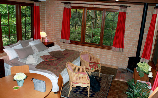 Cherrytree Cottage, Crafers, Adelaide, Hills, South Australia, Accommodation, Pet Friendly, Treehouse