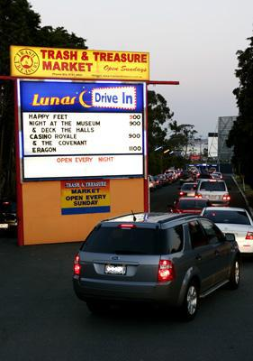 Drive-in, Lunar, Melbourne, Movies