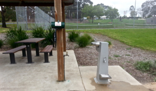 elliminyt Recreation Reserve, Colac, Playgrounds in Colac, public BBQ, tennis court, park, dog waste bags, dog water tap, water tray for dogs, dog-friendly,