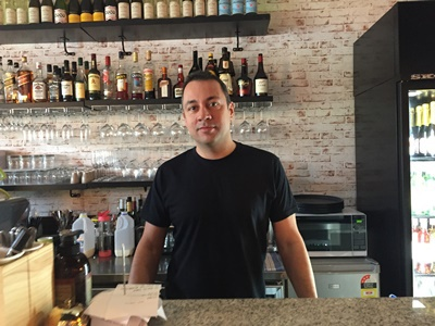 Fabio,owner,and,head,chef