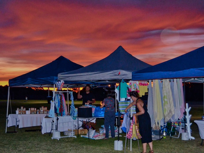 free things to do, whats on in adelaide, activities for kids, fun for kids, markets in adelaide, christmas markets, fun things to do, christmas gifts, in adelaide, twilight markets