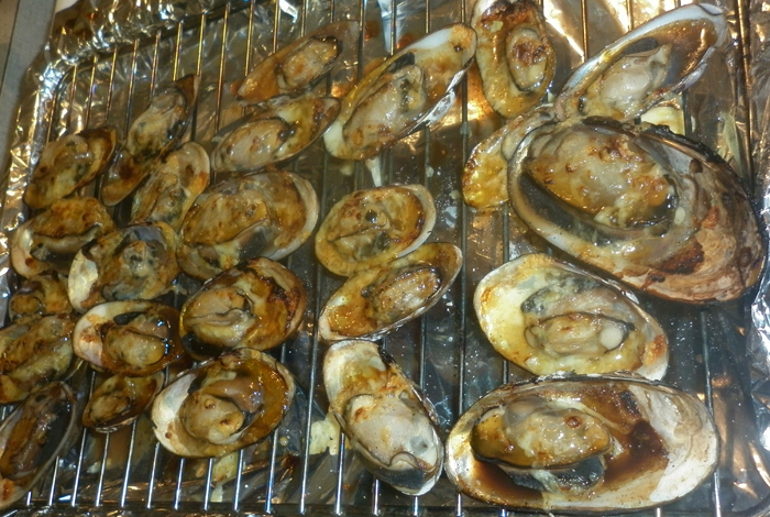 How to Cook Grilled Freshwater MusselsFreshwater Mussels