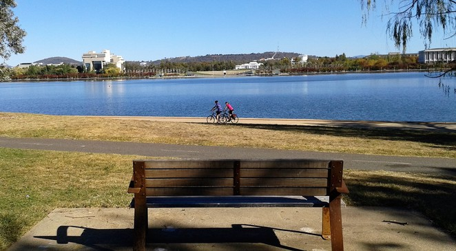 national capital exhibition, the deck cafe, commonwealth park, floriade, canberra, ACT, things to do, RG menzies walk, lake burley griffin, regatta point, nerang pool,