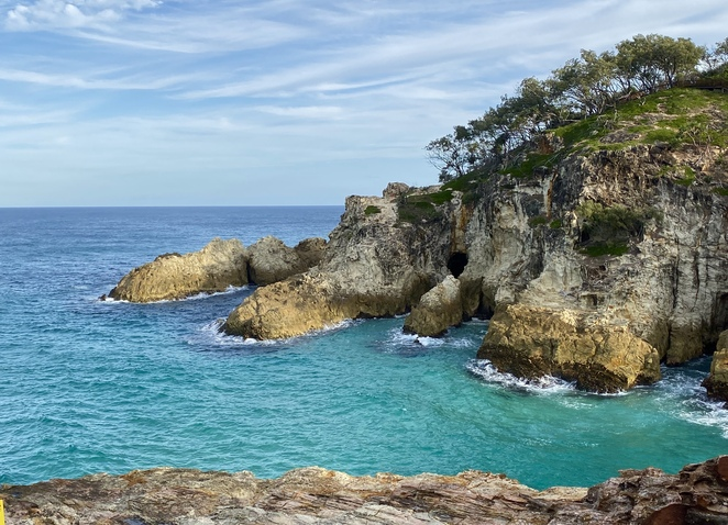 Explore beautiful North Stradbroke Island in a day with Queensland Day Tours!