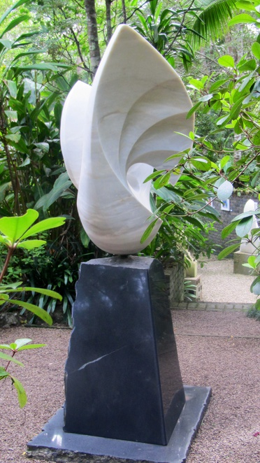 Phoenix Sculpture Garden, gallery. Sculptures, paintings, gardens, view, wedding ceremonies, Graham and Margit Radcliffe