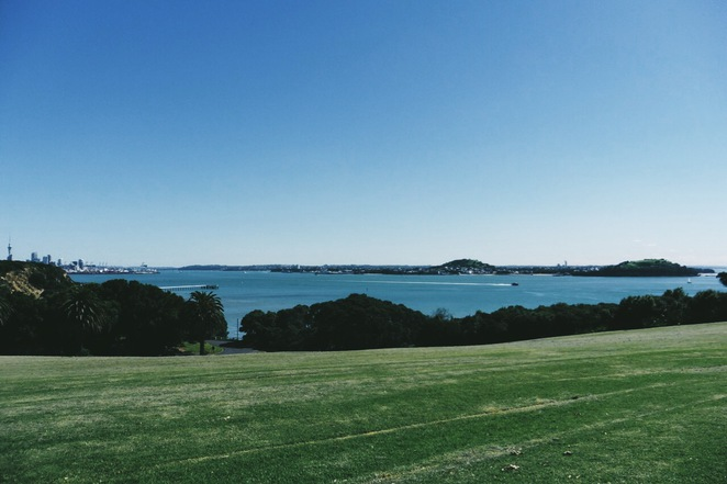 savage memorial, auckland, bastion point, tamaki drive, waitemata harbour