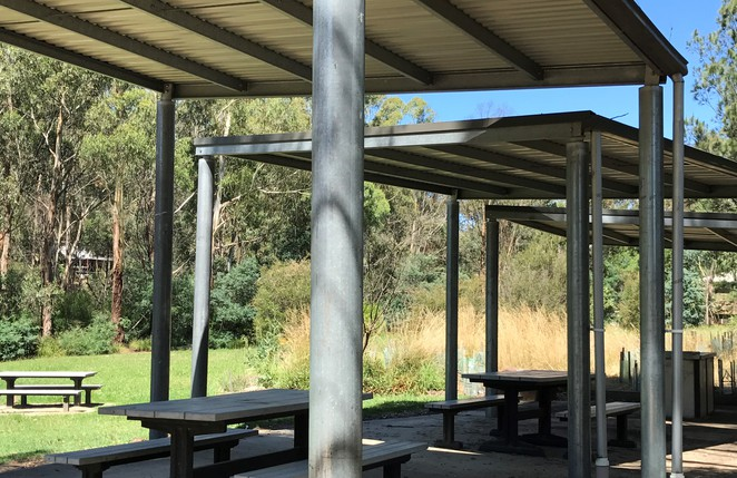 wattle glen park free picnic bbq family day trip nature cafe