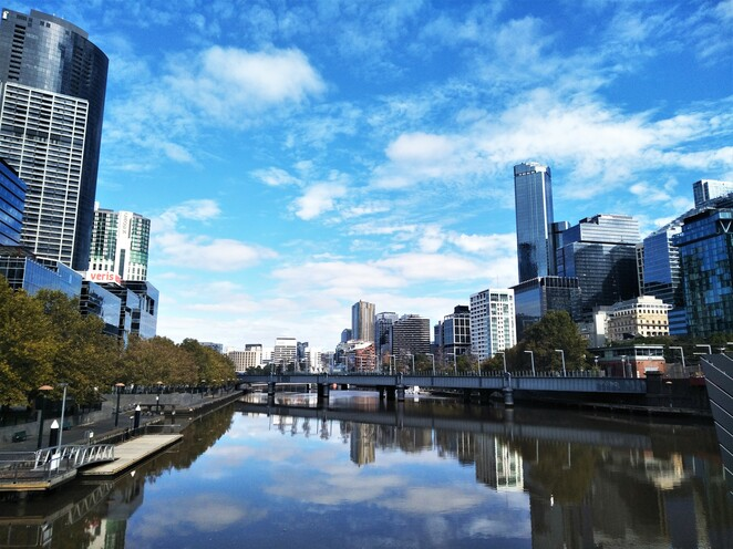 yarra river along Southbank and Melbourne city