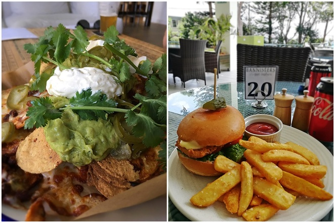 bannisters, the tavern, port stephens, pub at bannisters, salt and pepper squid, garlic bread, downstairs, family friendly, casual, opposite big 4, soldiers point, opposite soldiers point bowling club, casual, family friendly, menu, nachos, chicken burger,