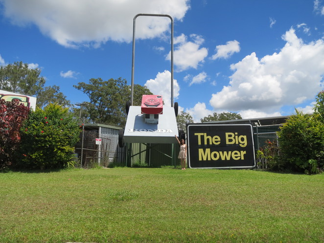 big things, australia, road trip, attraction, tourist, queensland, brisbane, cairns, beerwah, glasshouse mountains, big mower, honda mower, honda
