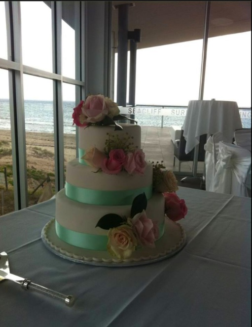 Bridal ideas expo Adelaide, summer bridal expo Adelaide, winter bridal expo, bridal shops adelaide, Seacliff Surf Life Saving Club, Happily Ever After Starts Here, Happy Ever After Starts Here bridal expo, beach, Aisle Style, Anvers Wines
