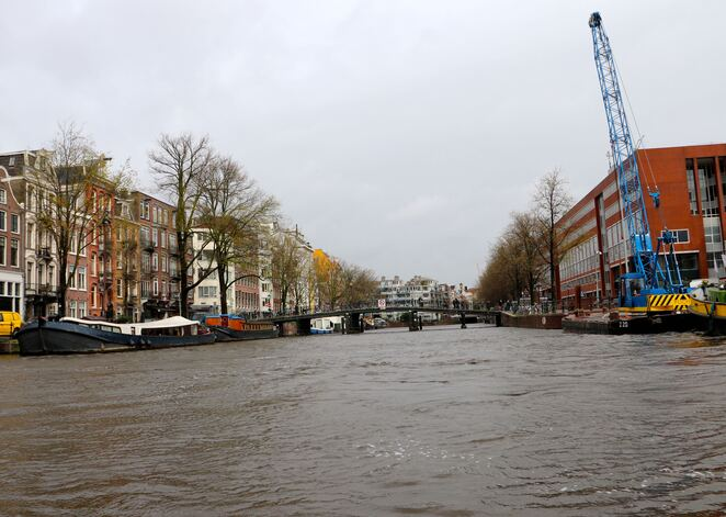 canal,boat,cruise,amsterdam,netherlands,tours,family,tourguide