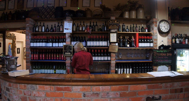 If you are in the Granite Belt and enjoy wines, then you have to visit a winery or cellar door
