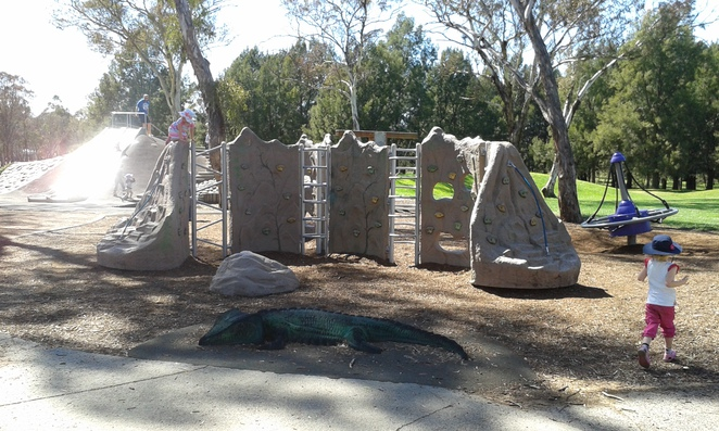 Kambah Adventure Playground, Kambah, playgrounds in Canberra, ACT playgrounds, best plygrounds, BBQ's, picnics