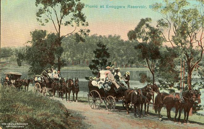 Picnickers at Enoggera Reservoir circa 1900 (Courtesy Wikicommons)