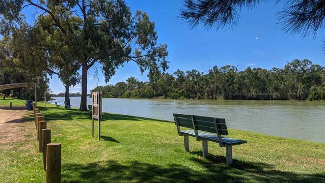 moorook, waterski, picnic, caravan, camping, murray river, riverland, South Australia