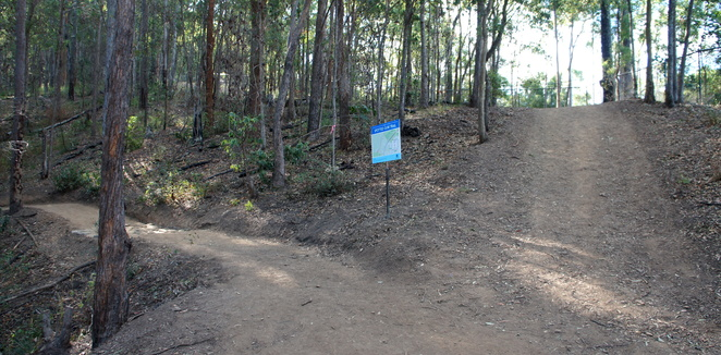 The start of the Spotted Gum Trail off the Citriadora Trail