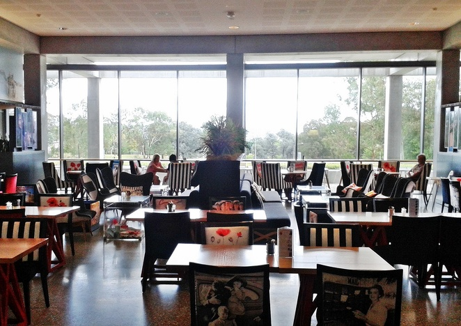 poppys cafe, australian war memorial, ACT, canberra, lunch, cafe, coffee, cafe, restauarants,