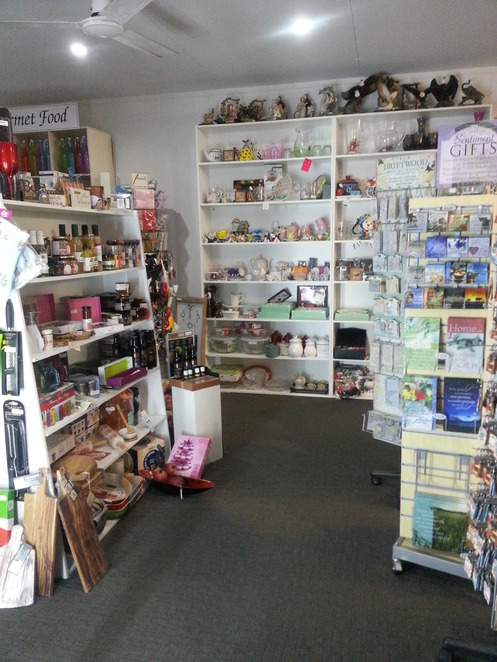 Shopping, Gifts, Apparel, Shoes, Cafe, Meals, Functions, Maryborough, Wide Bay