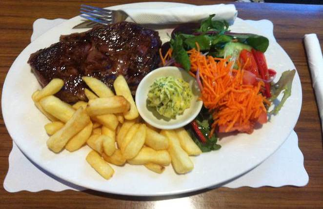 steak commercial hotel heathcote