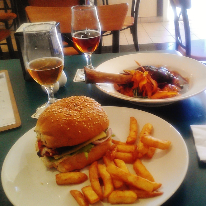 sunshine coast, brewery, beer, lunch, craft beer
