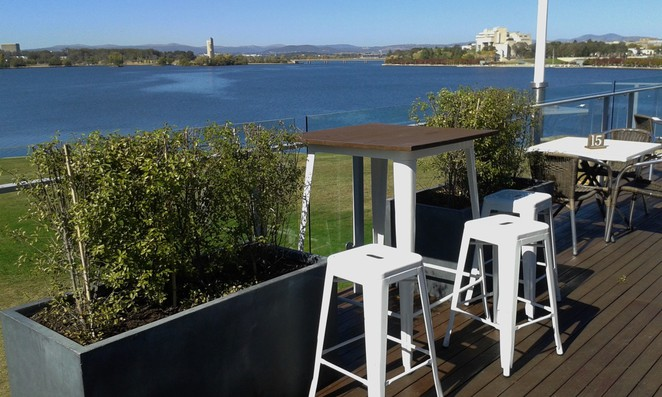 the deck, regatta point, canberra, cafes with views, ACT, best cafes, breakfast, lunch, functions, weddings, christmas parties,