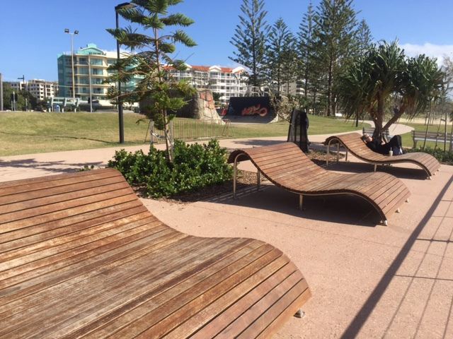 Walk from Alex Heads to Cotton Tree, brisk, scenic, popular, walkers, cyclists, joggers, views, beach