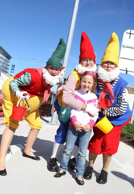 2014 BAC Racecourse Road Winter Lights Festival and Cheese Market, family fun, markets, food, wine