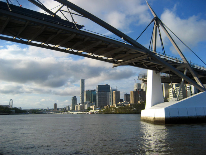 The brown waters of the Brisbane River