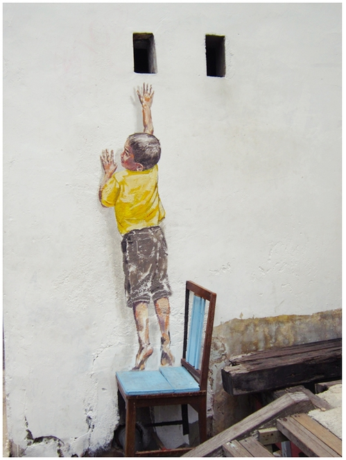 Cannon Street, Penang Street Art, Mural, Ernest Zacharevic, REaching up,