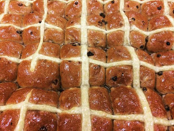 hot cross buns sydney,best hot cross buns sydney,top hot cross buns sydney,Brickfields,Black Star Pastry,Sonoma Sourdough Bakers,Grain Bakery,Infinity Bakery,hot cross buns vegan,best hot cross buns sydney cbd