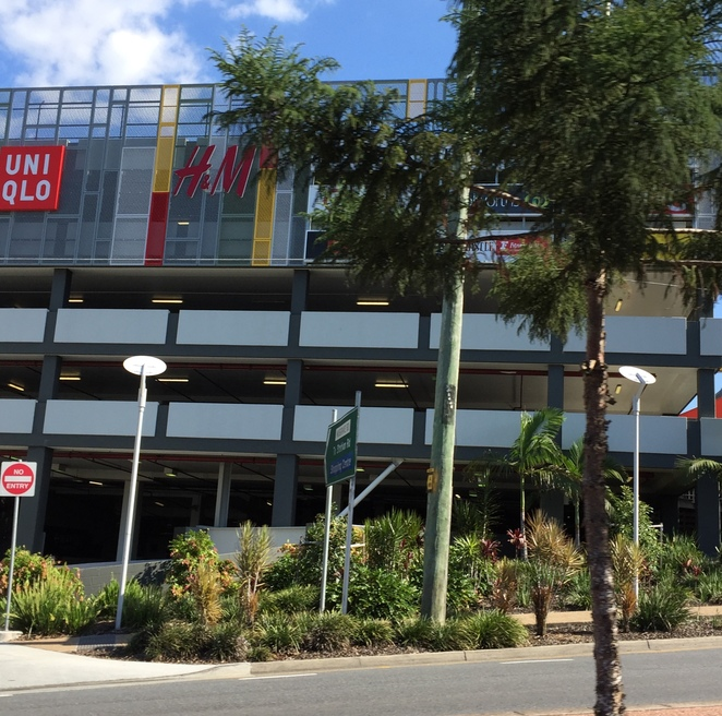Indooroopilly Shopping Centre Parking alongside Moggill Road
