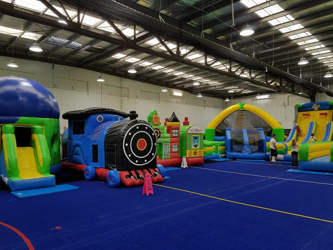 kambah inflatable world, kambah, canberra, ACT, parties, school holidays, kids, toddlers, under 5's,