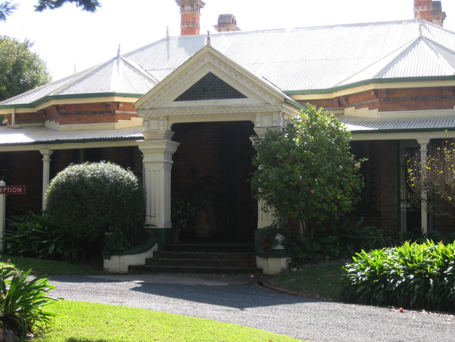 Russell Street Vacy Hall