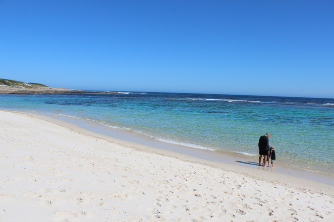 beach, family fun, beach cricket, camping, family fun, crystal waters, swimming, snorkelling, kayaking, fishing, holiday, Hopetoun
