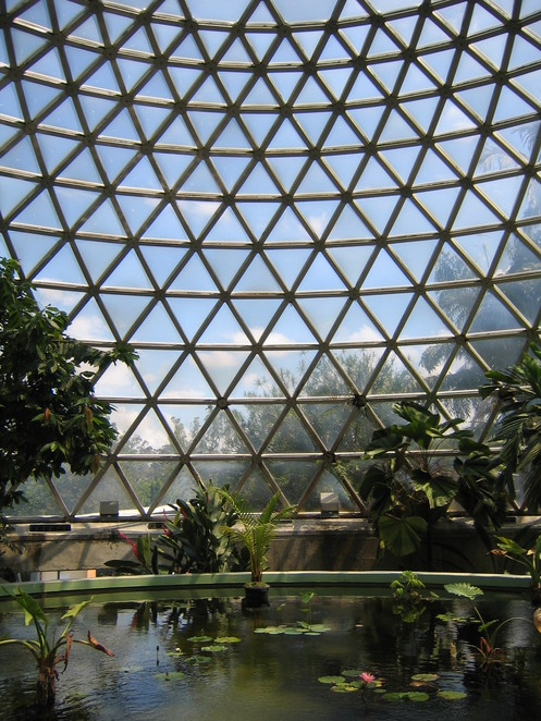 Tropical Display Dome (Courtesy of Wikimedia)
