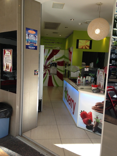 cheapest fro yo gold coast, berry surfers paradise