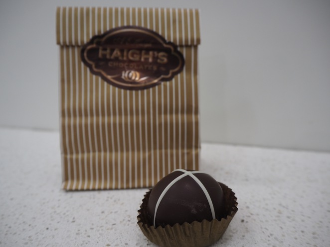 easter, easter chocolates, easter eggs, adelaide easter, where to buy easter gifts in adelaide, steven ter horst, devour, haighs, sit lo, jennys bakery, goodwood bakehouse, hot cross buns, easter eggs