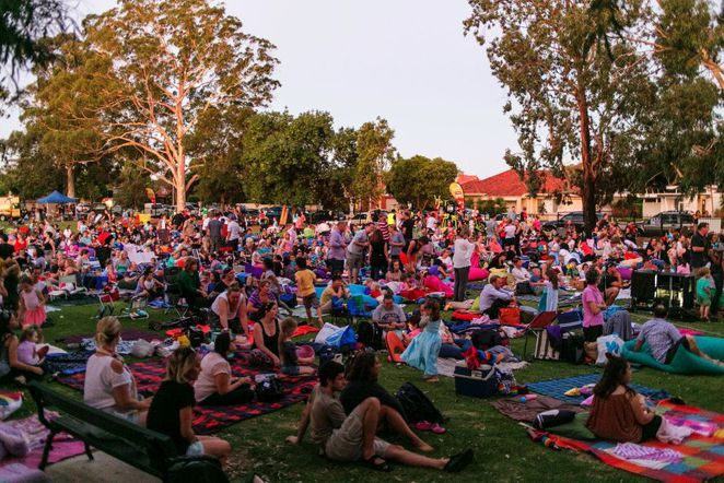 free outdoor movies in adelaide, free outdoor movies, free outdoor cinema, fun things to do, fun for kids, free movies, free screening, marion cultural centre, civic park, city of unley