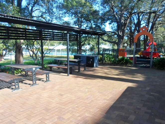 hornsby park, hornsby pool park, hornsby picnic spots, hornsby parks with barbecues