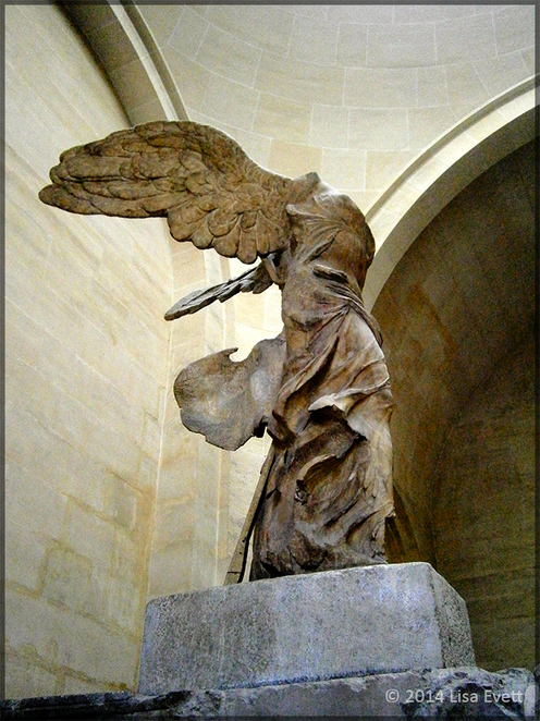 Nike, Winged Victory, Louvre, Paris, sculpture